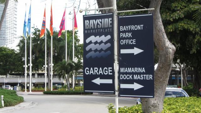 Reecorrido del Bayside Marketplace, Downtown Miami